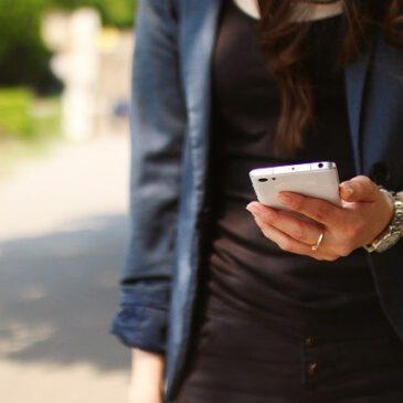 Bei Smartphones geht der Blick nach unten